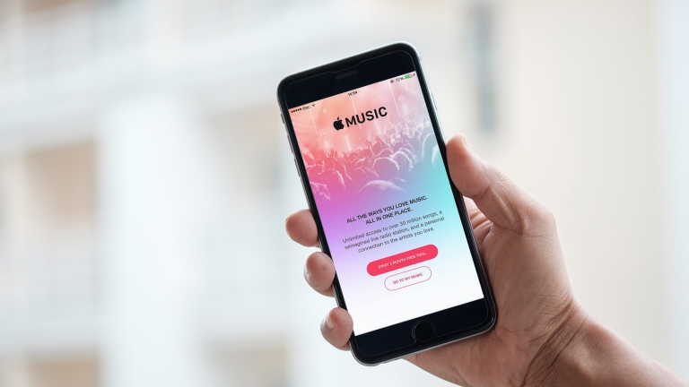 【iPhone】Apple Musicの『For You』や『Connect』を非表示にする方法