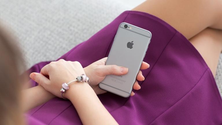 iOS9のキーボードに表示される音声入力ボタンを非表示にする方法