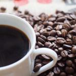 目覚めの一杯は危険?!朝コーヒーが身体に及ぼす5つの悪影響