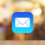 【iPhone】スワイプ操作でメールをゴミ箱に入れる方法